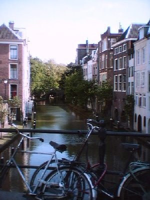 Click on the canal for more of Holland
